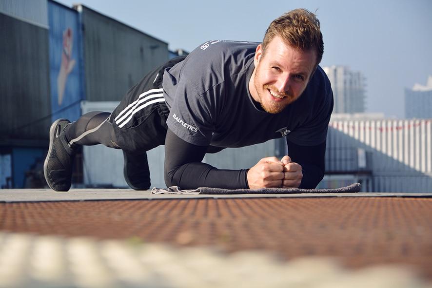 Lauftraining Hamburg Hafencity Plank Ralfletics - Personal Training Hamburg Leon Ralf