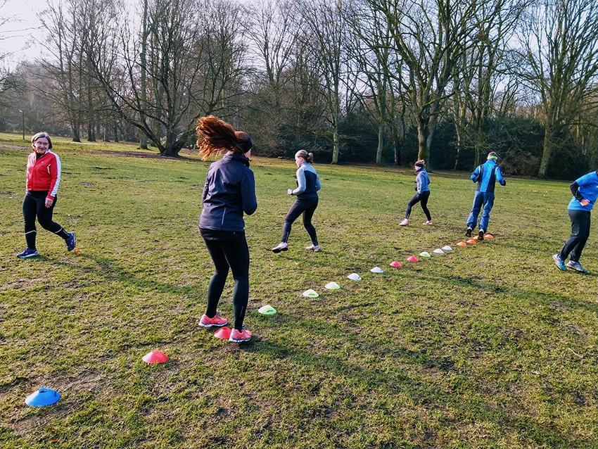 Laufgruppe Hamburg Stadtpark Ralfletics - Alles läuft Hütchen Training